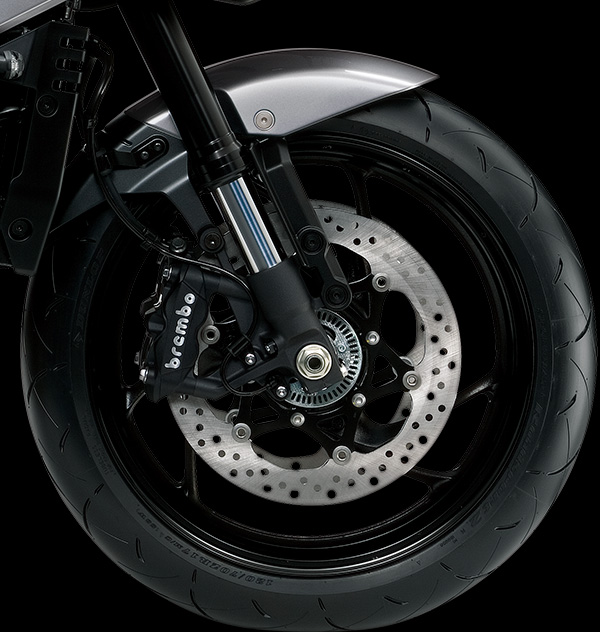 Freno frontal con ABS y calipers Brembo
